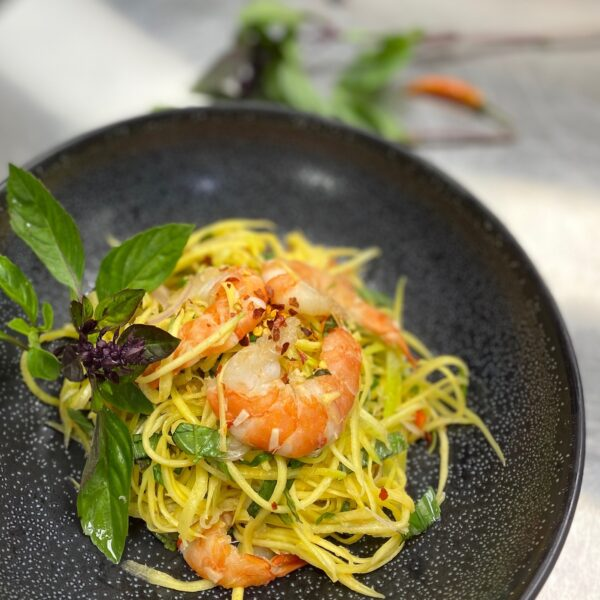 MANGO SALAD WITH PRAWNS (Ngom Swai)